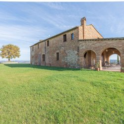 V3392AB Farmhouse near Siena for sale (10)-1200