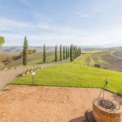 V3392AB Farmhouse near Siena for sale (14)-1200