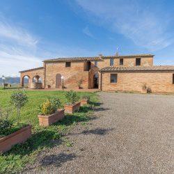 V3392AB Farmhouse near Siena for sale (19)-1200