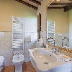 V3392AB Farmhouse near Siena for sale (37)-1200