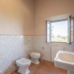 V3392AB Farmhouse near Siena for sale (38)-1200