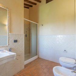 V3392AB Farmhouse near Siena for sale (40)-1200