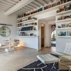 V4000PV Stunning Villa with Pool for sale near Florence Tuscany (10)-1200