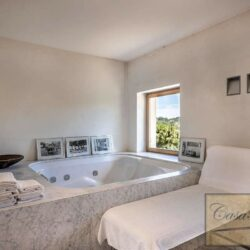 V4000PV Stunning Villa with Pool for sale near Florence Tuscany (15)-1200
