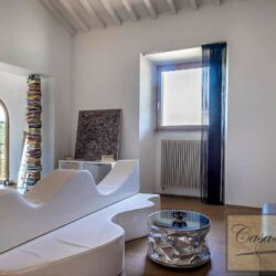 V4000PV Stunning Villa with Pool for sale near Florence Tuscany (16)-1200