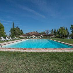 V4151 Large farmhouse for sale near Siena (17)-1200