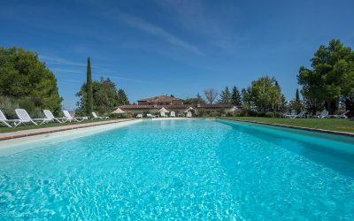 Property near Siena with Apartments and Pool