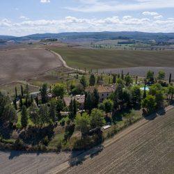 V4151 Large farmhouse for sale near Siena (21)-1200