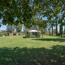 V4151 Large farmhouse for sale near Siena (31)-1200
