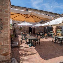 V4151 Large farmhouse for sale near Siena (42)-1200