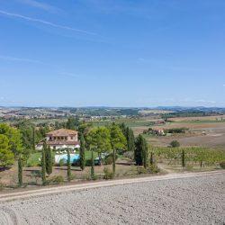 V4151 Large farmhouse for sale near Siena (5)-1200