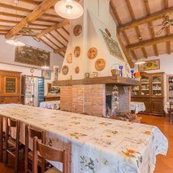 V4151 Large farmhouse for sale near Siena (9)-1200