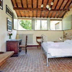 V4595C Villa with Lake View Civitella del Lago (30)