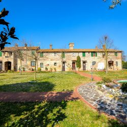 V4697ab Umbria Farmhouse B&B more (3)-1200