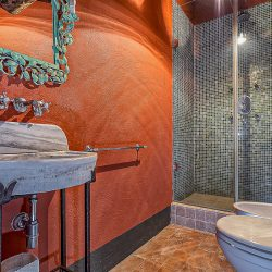 Orvieto farmhouse with pool for sale 12