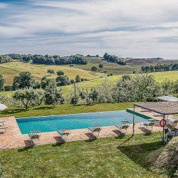 Orvieto farmhouse with pool for sale 26