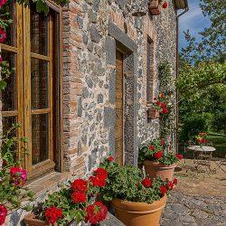 Orvieto farmhouse with pool for sale 36