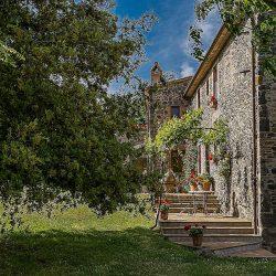 Orvieto farmhouse with pool for sale 40