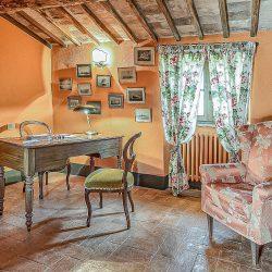 Orvieto farmhouse with pool for sale 48