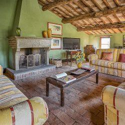 Orvieto farmhouse with pool for sale 53