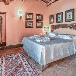 Orvieto farmhouse with pool for sale 54