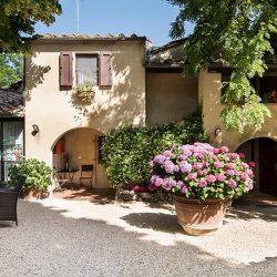 V4804AR San Gimignano B&B Tuscany for sale (14)