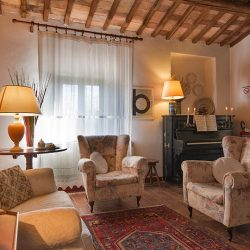 V4804AR San Gimignano B&B Tuscany for sale (9)