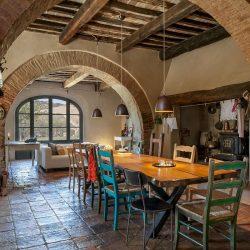V5063AB Superb Farmhouse for sale near Montepulciano (14)-1200