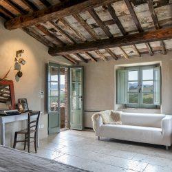 V5063AB Superb Farmhouse for sale near Montepulciano (19)-1200