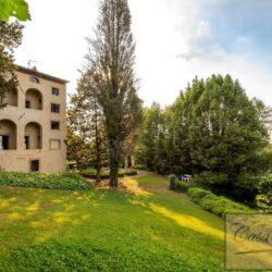 V5339M Historic Villa for sale near Lari Pisa (17)-1200