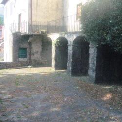 Villa to restore for sale near Bagni di Lucca (13)