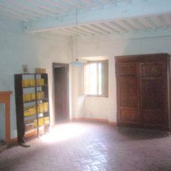 Villa to restore for sale near Bagni di Lucca (18)