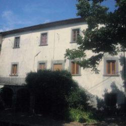 Villa to restore for sale near Bagni di Lucca (7)