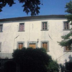Villa to restore for sale near Bagni di Lucca (9)