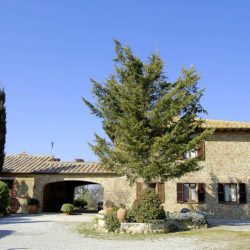 Val d'Orcia Farmhouse with Pool for Sale image 2