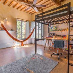 Umbrian Farmhouse Image