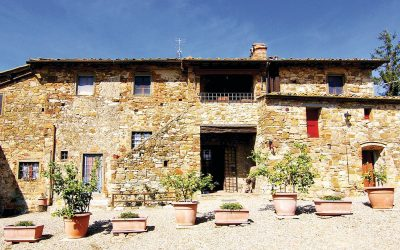 Chianti Farmhouse with Outbuildings + 750 Olives
