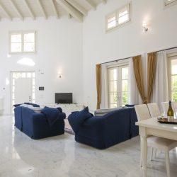 Coastal Resort Villa with Pool (12)