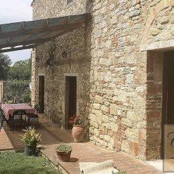 Rustic Tuscan Farmhouse Image