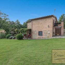 Farmhouse near Citta della Pieve for Sale image 2