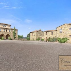 Val d'Orcia Borgo Apartments with Pool image 4