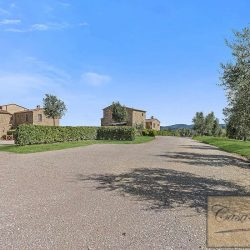Val d'Orcia Borgo Apartments with Pool image 6