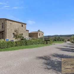 Val d'Orcia Borgo Apartments with Pool image 7