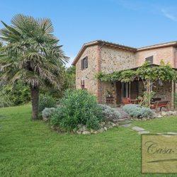 Farmhouse near Citta della Pieve for Sale image 4