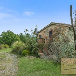 Farmhouse near Citta della Pieve for Sale image 8