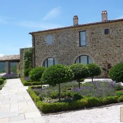 Umbrian Farmhouse with Pool for Sale image 1
