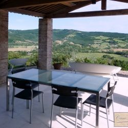Umbrian Farmhouse with Pool for Sale image 4