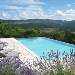 Umbrian Farmhouse with Pool for Sale image 8