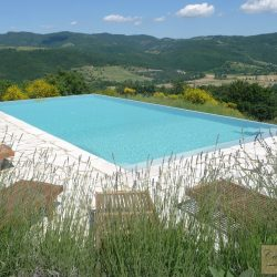 Umbrian Farmhouse with Pool for Sale image 9