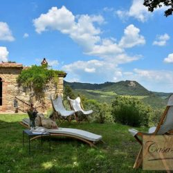 Val d'Orcia Farmhouse for Sale image 12